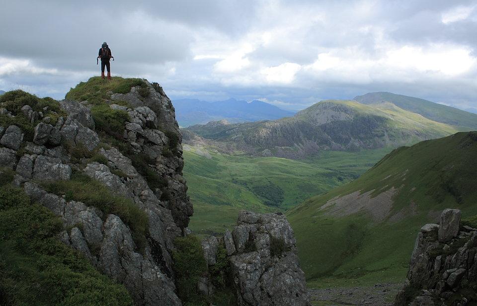 The Moelwynion and Hebog hills from Craig Cwm Silyn, 114 kb