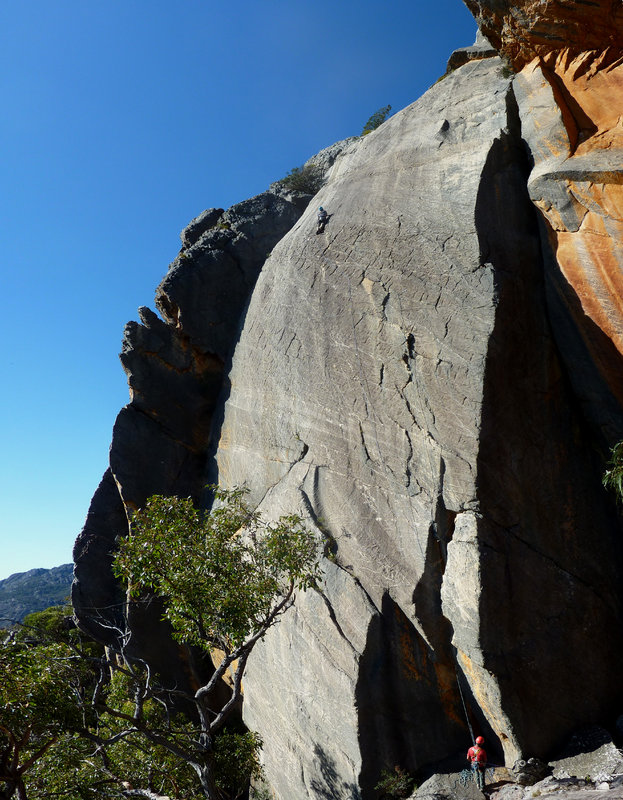Malcolm Phelps high up on 20th Century Fox, (grade 20) Mount Fox, Grampian Mountains Australia, 172 kb