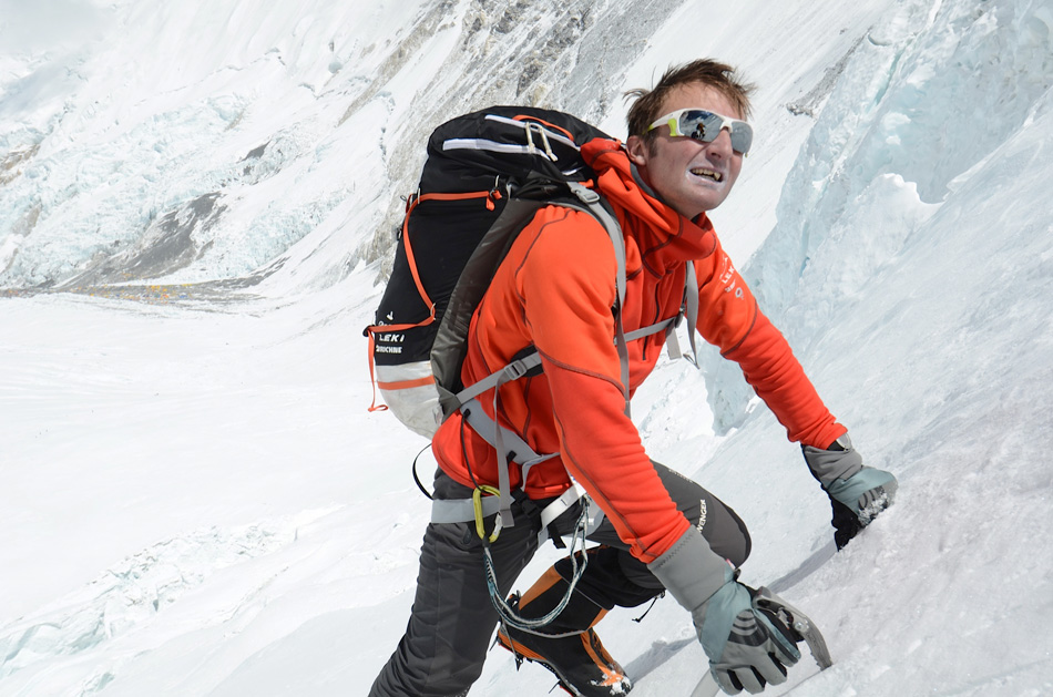 Ueli Steck Climbs on the Lhotse Face While Acclimatising for Everest 2012, 200 kb