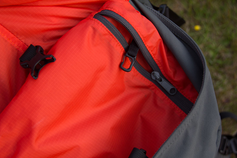 Inside pocket of Montane Medusa 32 with key clip, 112 kb