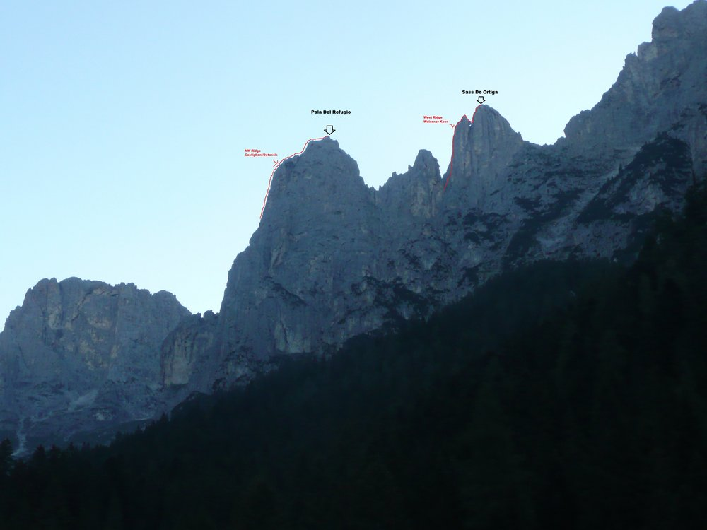 The skyline ridge of the Pala del Rifugio and Sasso D'Ortiga see from the Treviso Refuge.  © Tania Noakes - BMG