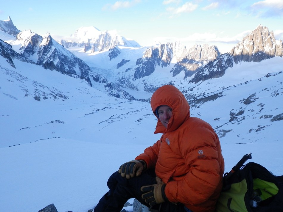 Waiting for the sun to come up in the Talefre basin. Photo Tristan Wise., 134 kb