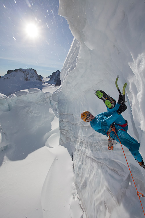 Tim Emmett in training for Spray On- Serac climbing in Chamonix, 121 kb