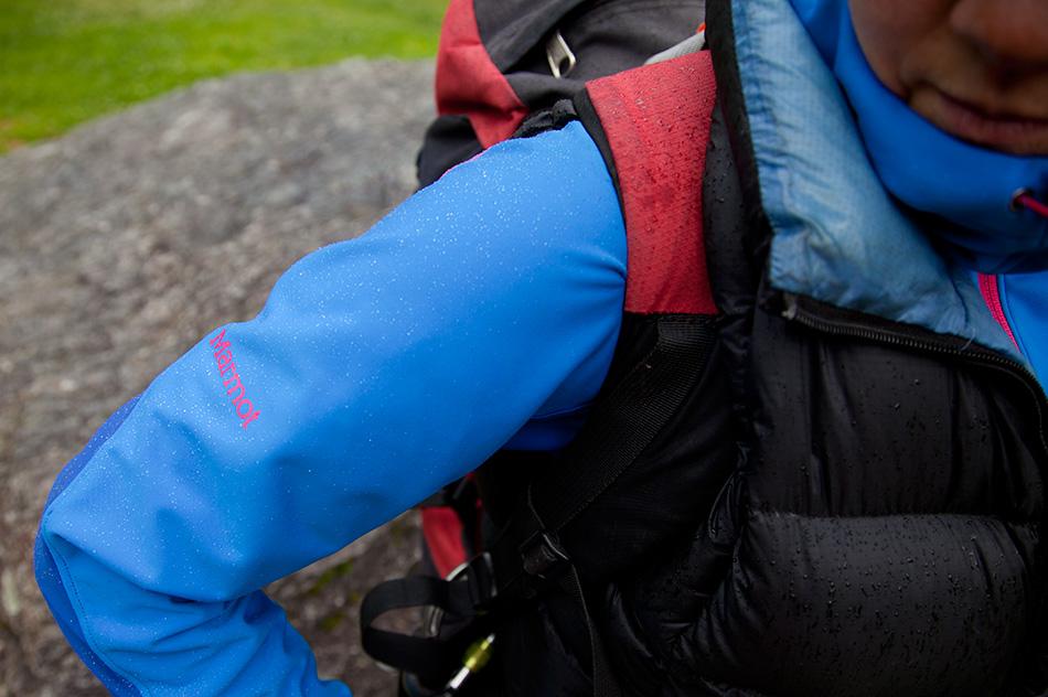 Rain beading on the surface of the Marmot Vapor Trail Hoody, 184 kb