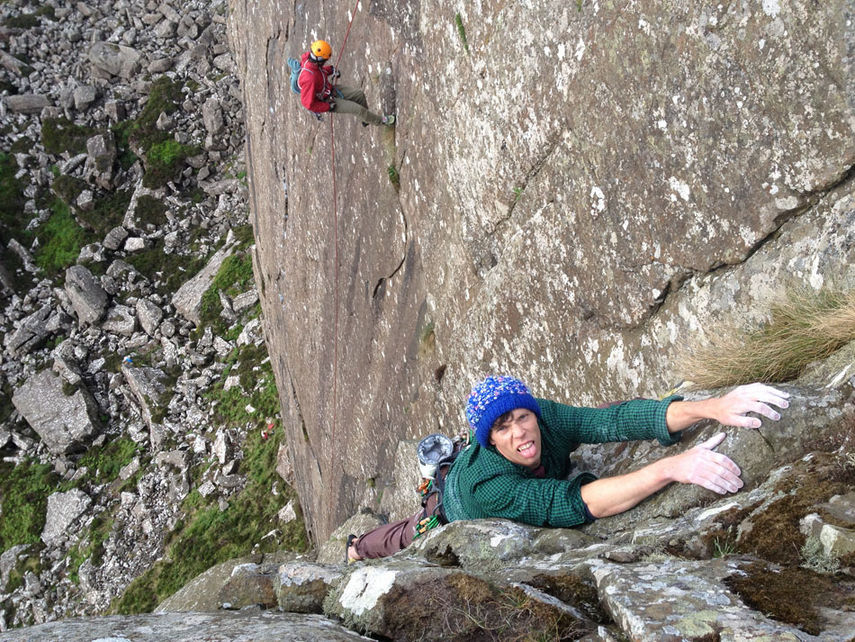 Ricky Bell topping out Blind Pew E2 5b, 214 kb