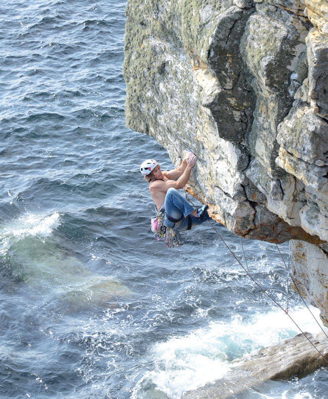Dougal Taverner turning the lip on Rapid Learning Curve E6., 172 kb