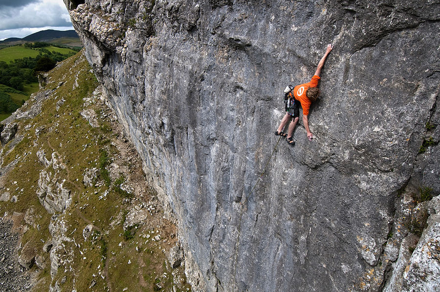 Craig Bailey Climbing:2012 winner on Climb High, 237 kb