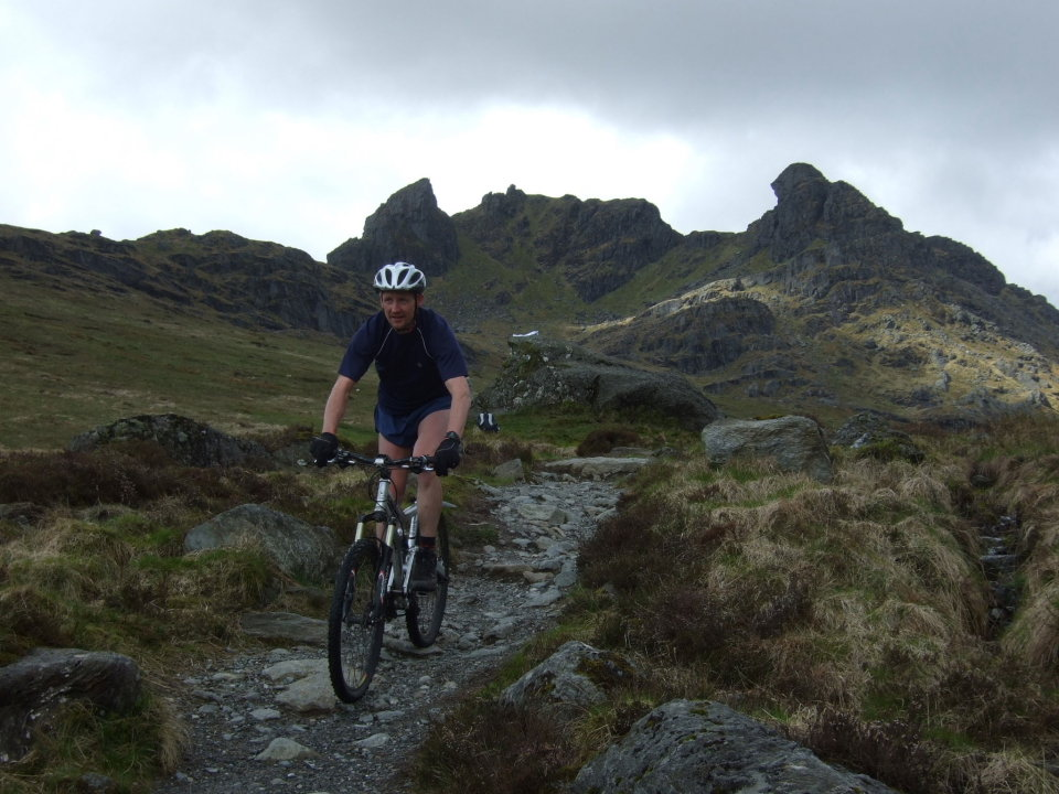 Biking off The Cobbler, 129 kb