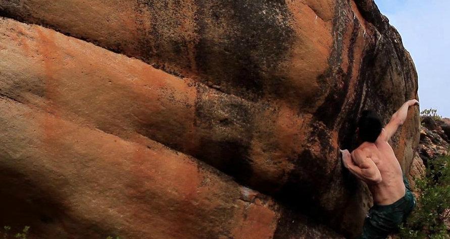 Michele Caminati bouldering in Rocklands, 99 kb