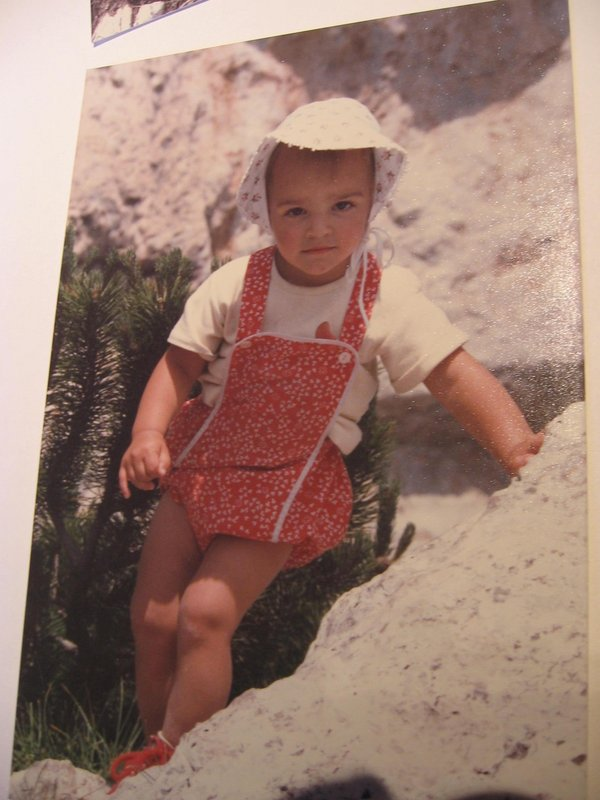 Alex Schweikart in the Dolomites - aged 4, 74 kb