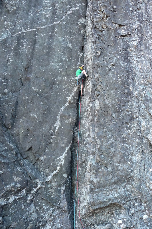 The Naked Saltire, E2 5c. Inaccessible Pinnacle, 182 kb