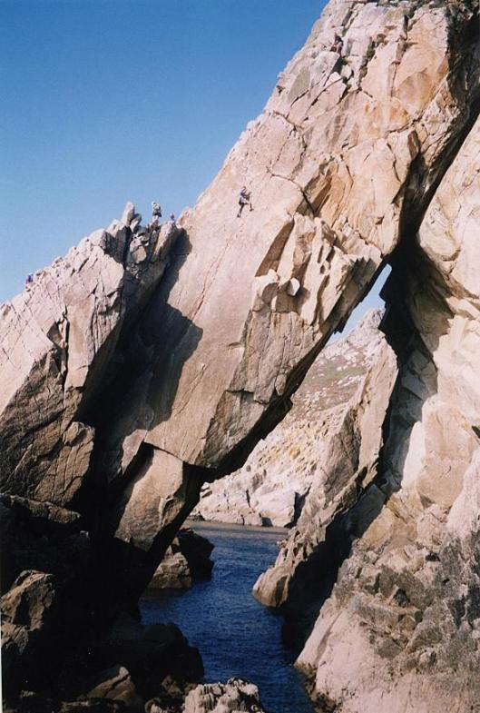 Flying Buttress, Lundy, 97 kb