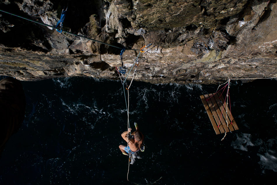 Neil and his home-made portaledge, which he stopped using as he thought it was unethical., 159 kb