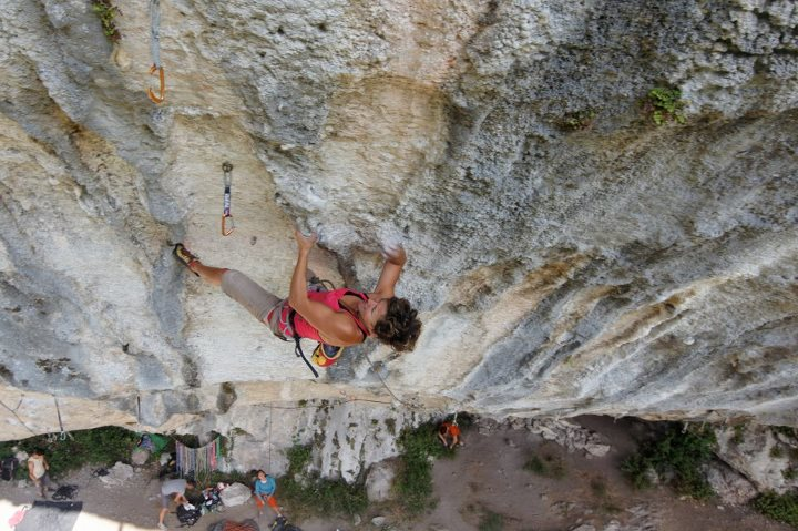 Muriel Sarkany on Ultimate sacrifice, 8c+, Déversé, France, 92 kb