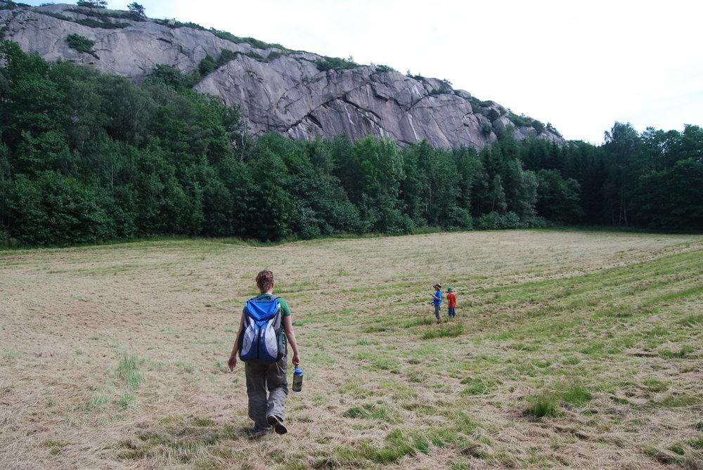 Approach shoes for crag approaches. Svaneberget, Bohuslän, Sweden., 211 kb