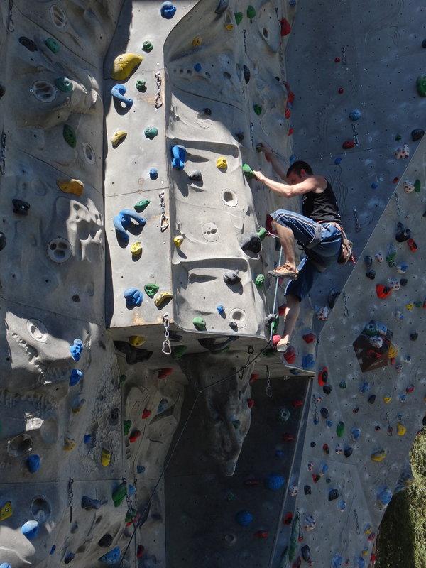 Dave Douglas - Awesome Walls, 123 kb