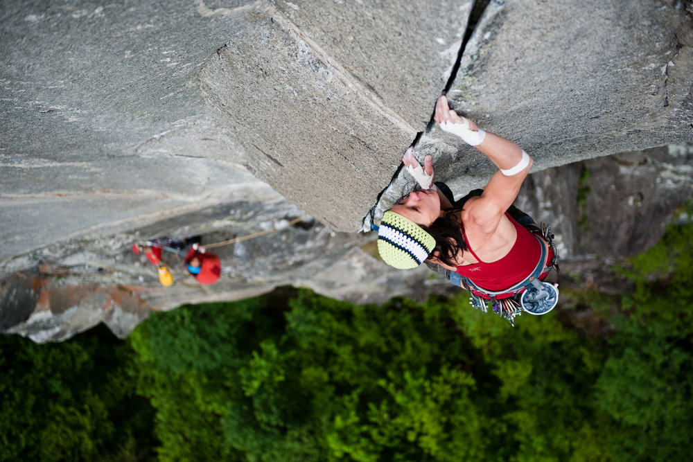 Ines Papert on the classic 8a/+ crack of Super Cirril, Ticino, 192 kb