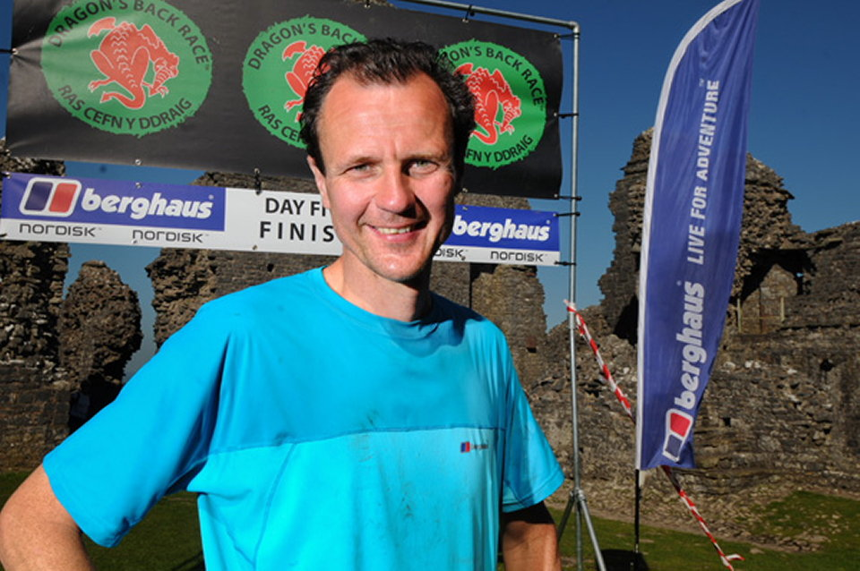 Steve Birkinshaw on the finish line inside Carreg Cennen Castle, 132 kb
