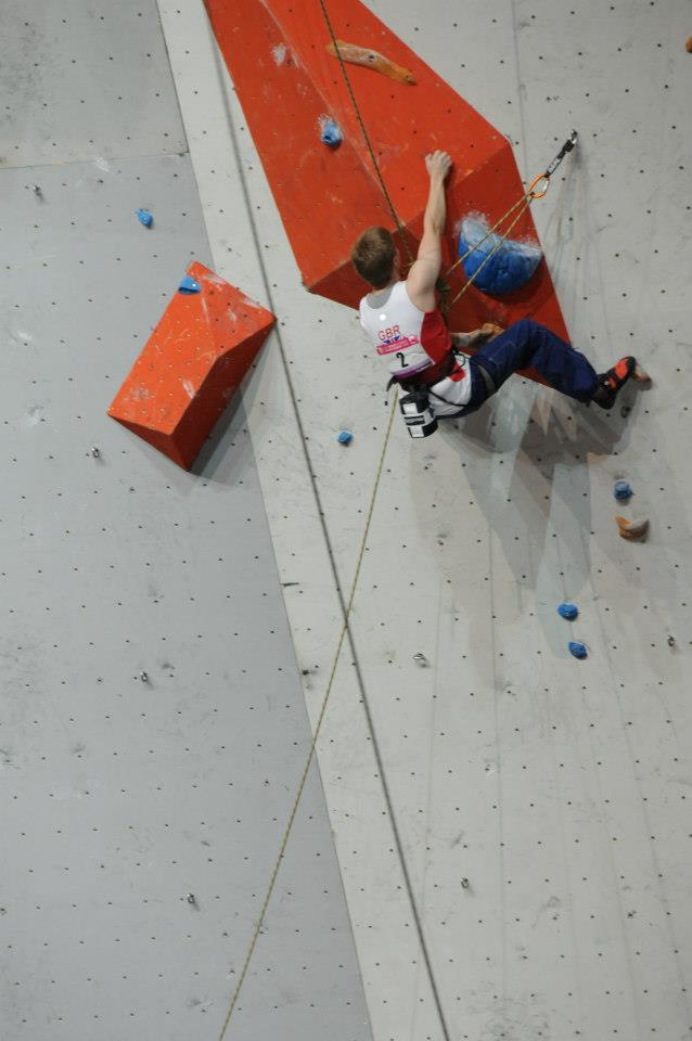 Fran Brown cranking to first place in the finals of the 2012 Paraclimbing World Championships, 54 kb