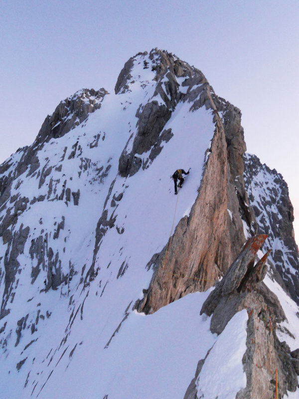Simon Elias. Arista Somital (Winter ascent)  the North Face of la Forcanada , France., 107 kb