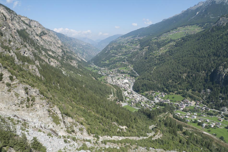 The view from Medji down the valley towards Sion, 156 kb