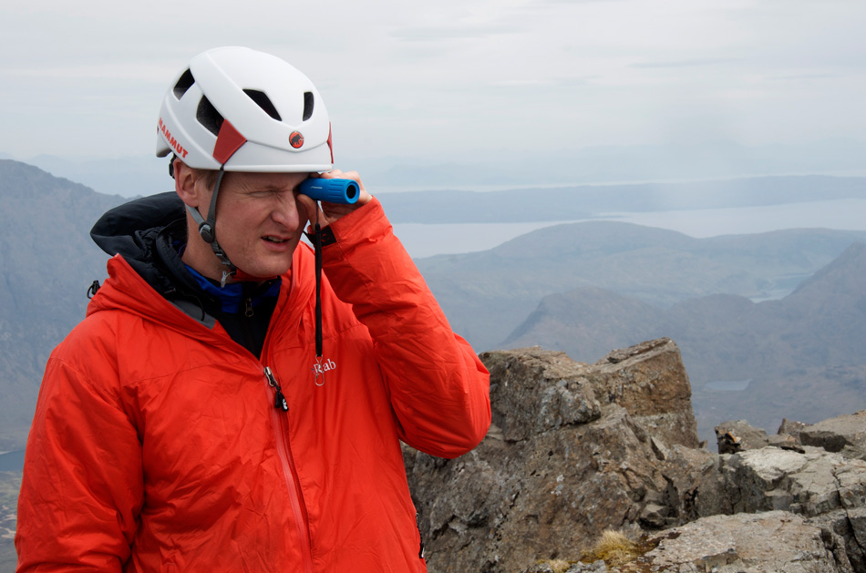 Dan Bailey using the Brunton Echo Spotting Scope on the Cuillin Ridge, Skye, Scotland., 160 kb