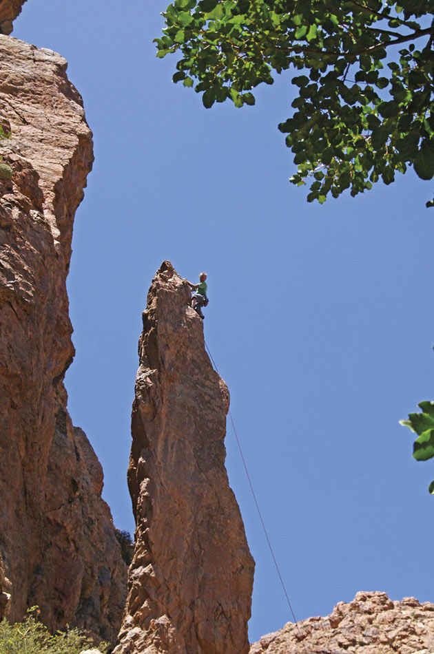 Paul Donnithorne seconding the FA of Well Posed, E3 5c, The Deep Well Pinnacles, Ida       Ougnidif Area, 121 kb