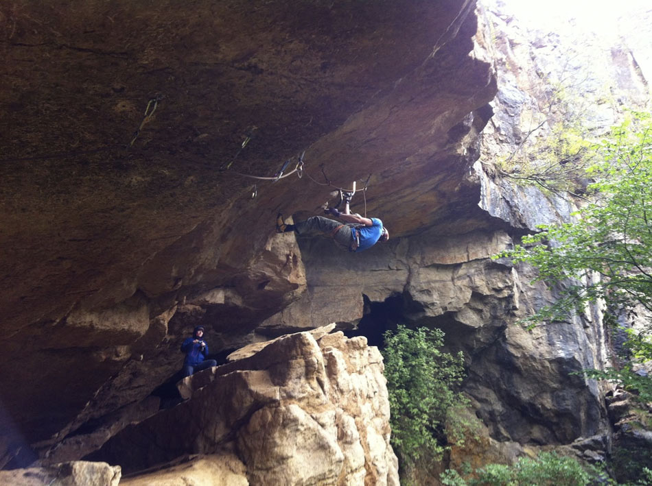 Andy Turner climbing Sub Rosa into Marginal Gains., 149 kb