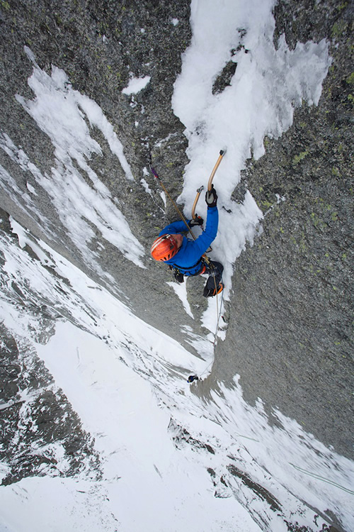 Jeff Mercier leading pitch 8: super thin ice requiring some delicacy at times!  , 204 kb