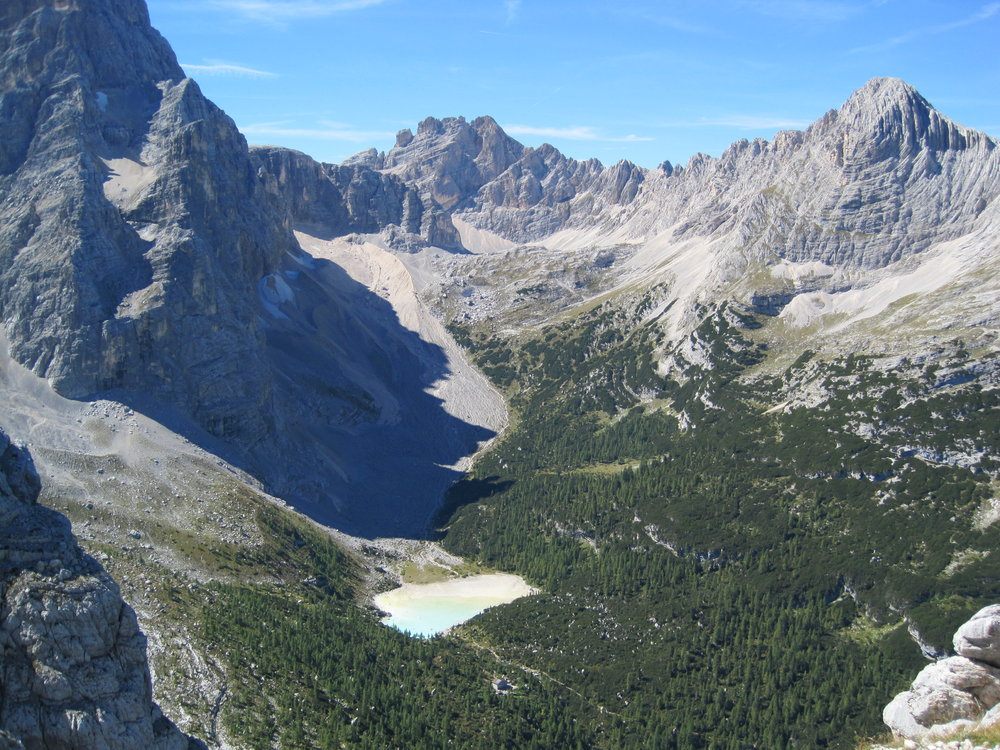 Lago di Sorapiss and Rif Vandelli below, 219 kb