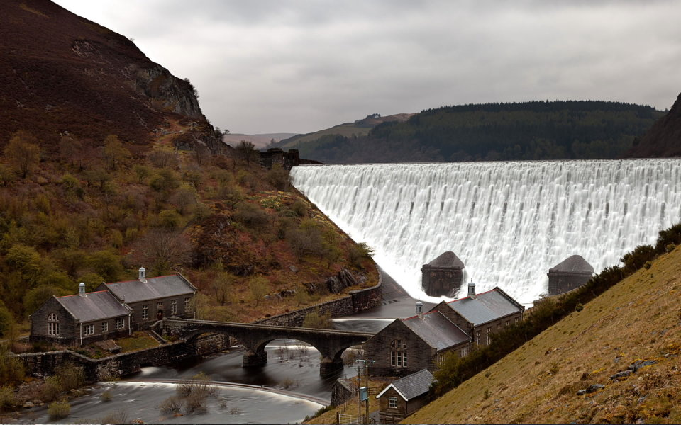 Elan Valley, 122 kb