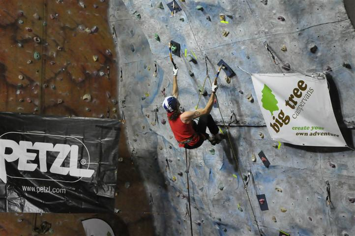 Stevie Johnstone on his way up the final route!, 89 kb