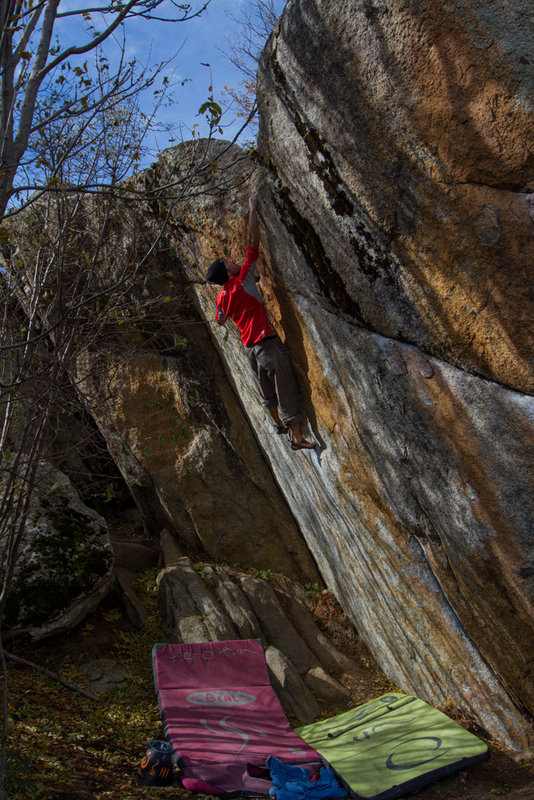 Boulder video in Targassonne, France #1, 180 kb