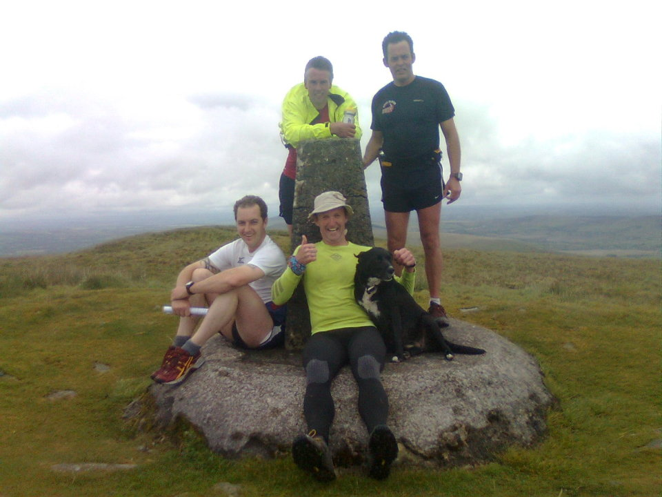 Runners on the highest point of the Preselis - Caz is the one with the cheesy grin, 102 kb