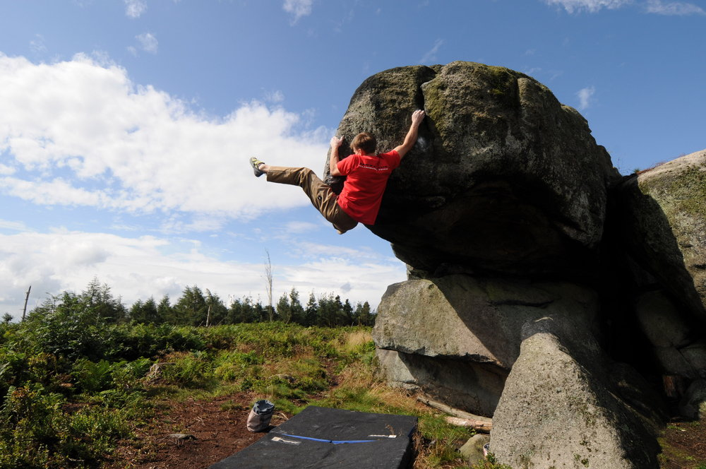 British Bouldering Champion Dave Barrans, 169 kb