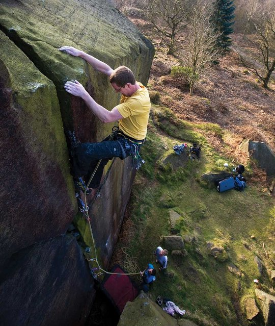 Matt Troilett on Tippling Crack (E1 5b -Caley), 104 kb