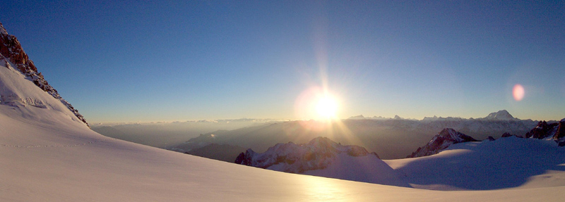 Alpine Sunrise over Switzerland from the Col du Tour, 109 kb