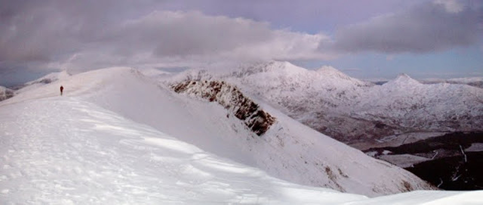 Reccying a snowy Nantlle Ridge, 156 kb