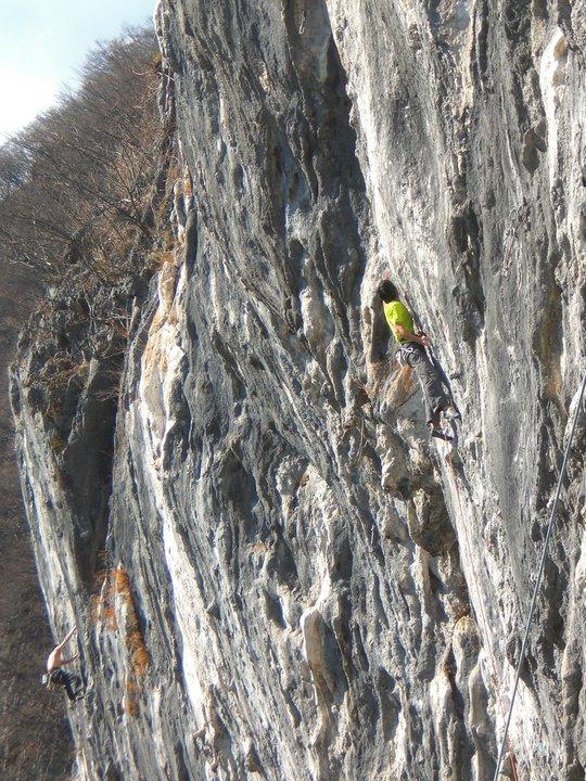 Toru Nakajima on Flat Mountain, ~9a+, 143 kb