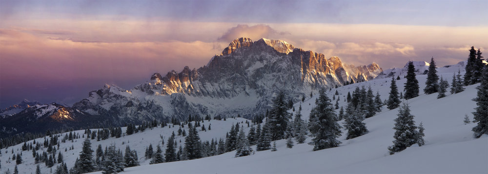 Evening light on the North Face of Monte Civetta. , 90 kb