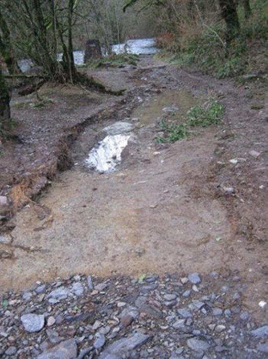 Damaged path near Tarr Steps, 86 kb