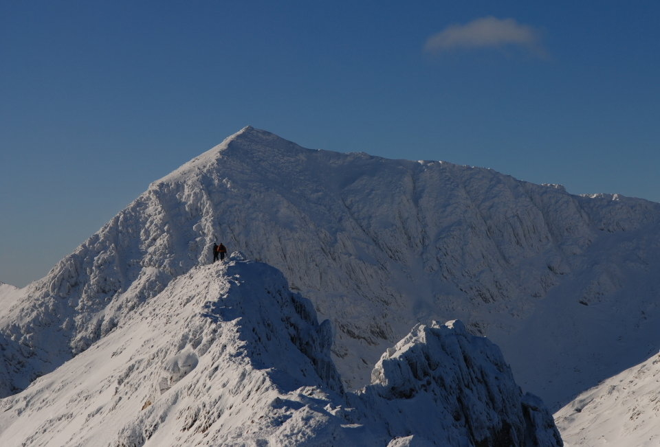 Classic winter - Snowdon from Crib Goch, 108 kb