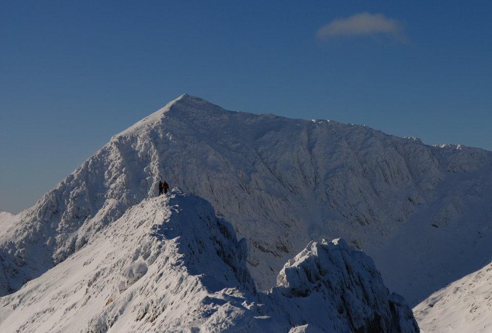 Classic winter - Snowdon from Crib Goch, 108 kb