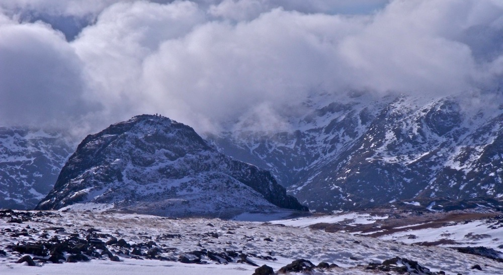 Pike of Stickle from the north, 164 kb