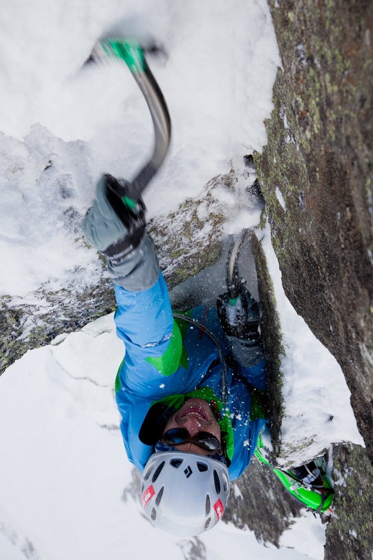 Viv Scott testing the DMM Apex axes at Sector Ecosse, Argentiere, Chamonix, 108 kb