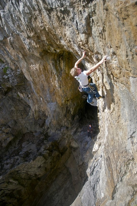 Chris Shepherd beginning the crux sequence of When I'm 64 (F7a) Bowen's Parlour, 121 kb