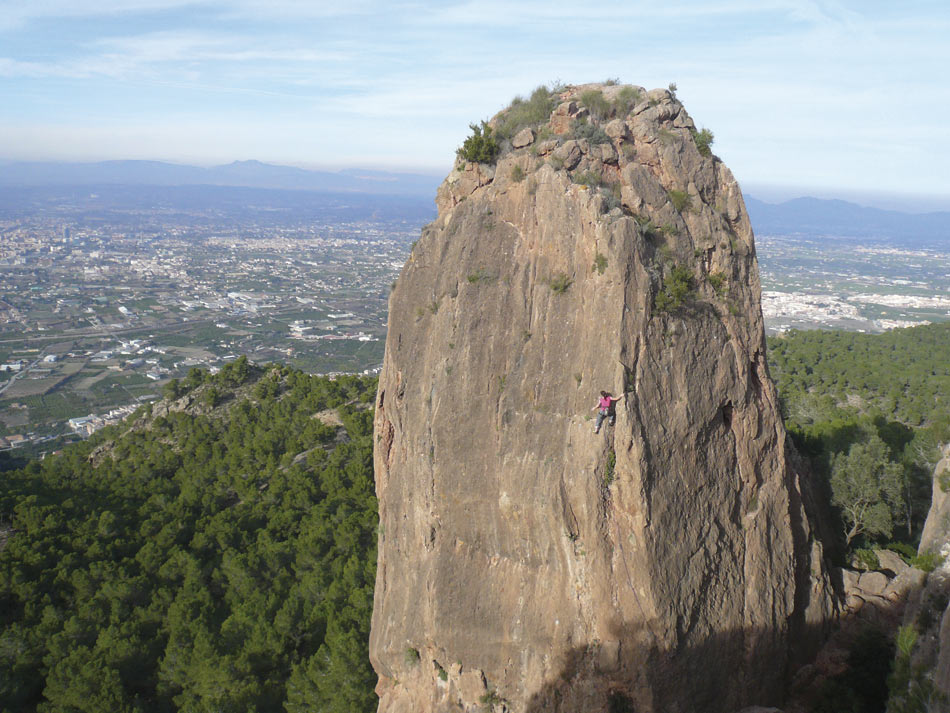 Pili (5) at La Panocha from the new Costa Blanca Rockfax, 147 kb