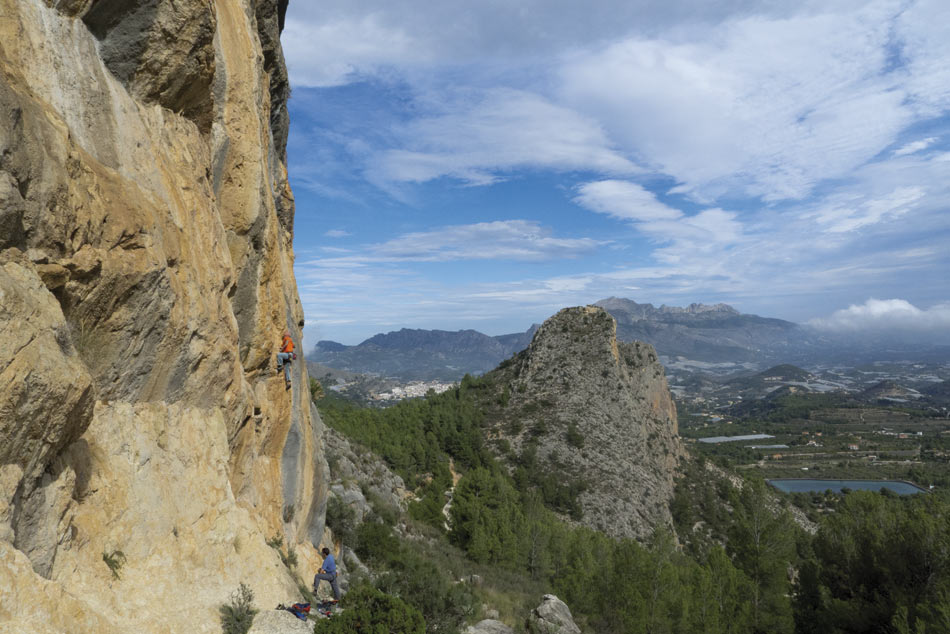 Dream Maker Right (6c+) at Vall de Guadar from the new Costa Blanca Rockfax, 119 kb