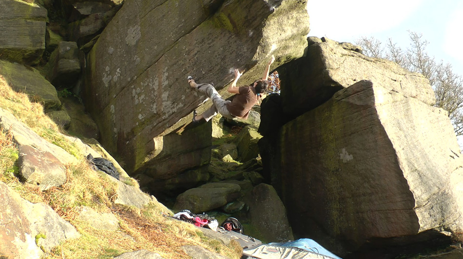Tom Newman on Voyager (8B) - Burbage, 218 kb