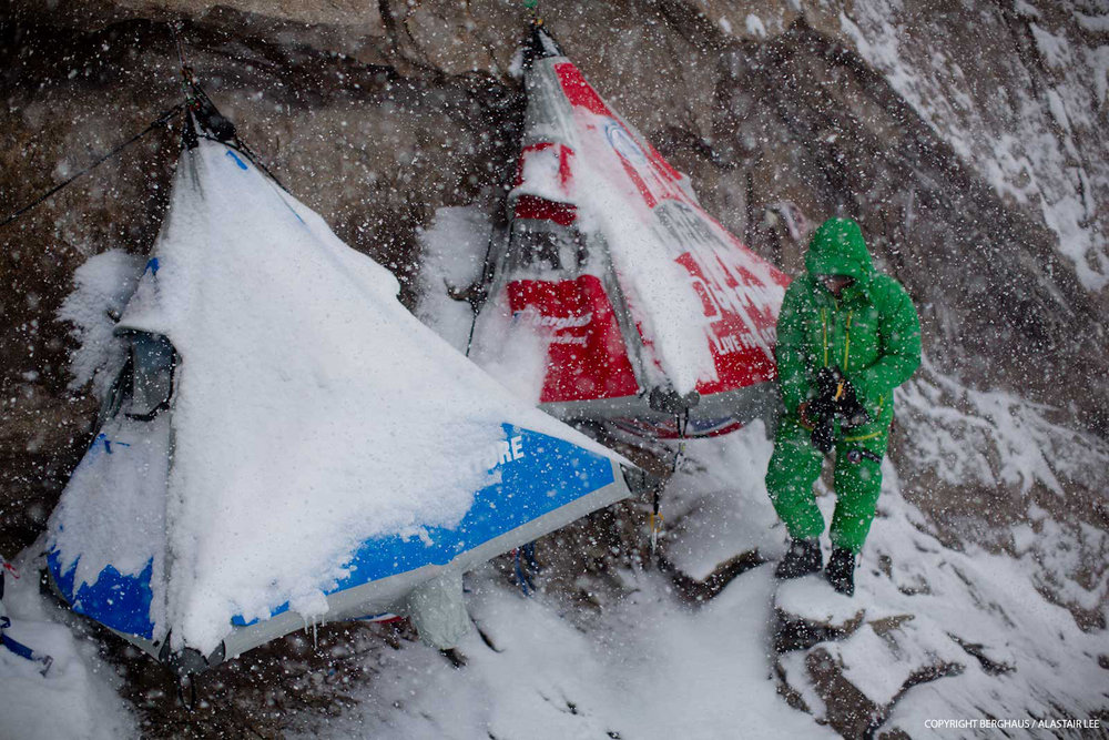 The weather turned very cold and windy in the final days of the expedition, 219 kb